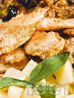 Панирани пилешки флейки от филе в брашно, белтъци и галета със сусам (на тиган, без мазнина) - снимка на рецептата